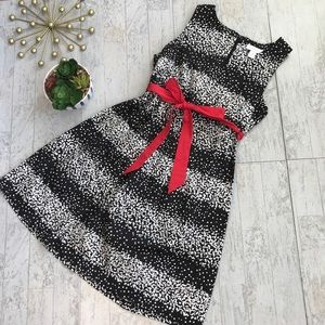 Motherhood black and pink dress size medium